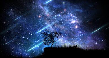 Muhteşem Işık Huzmesi Kayan Yıldızlar